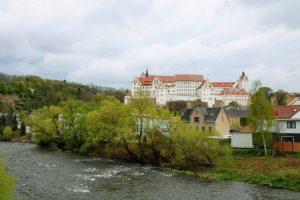 Zwickauer Mulde mit Schloss Colditz