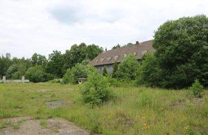 Exerzierplatz und alte Kasernen